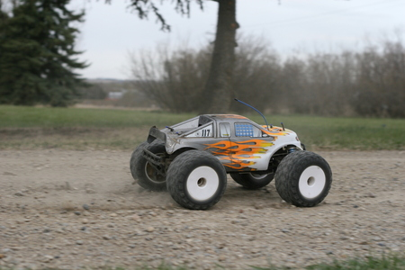 Gas-powered RC car